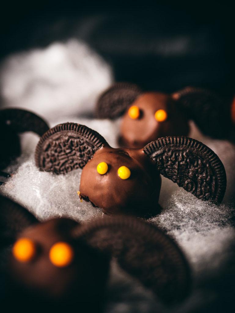 Halloween cookie dough recipe, peanut butter and chocolate